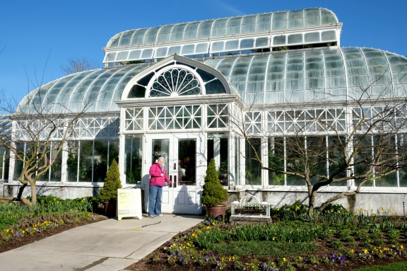 volunteer park conservatory in seattle